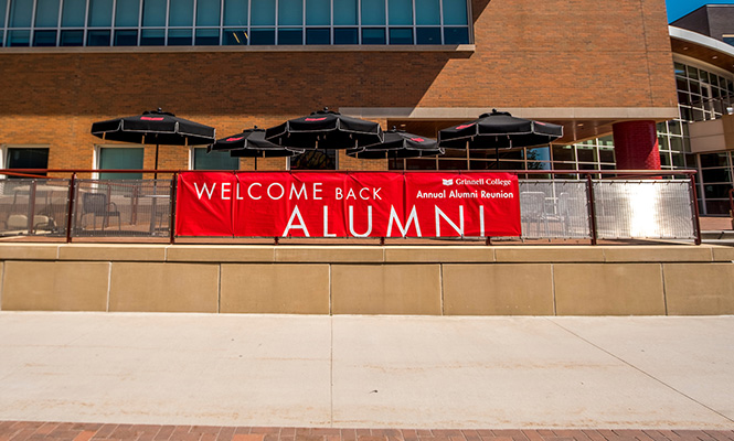 A sign at the Joe Rosenfield '25 Center welcome alumni back to campus.