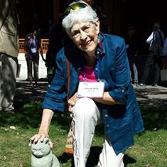 Linda Neal '67