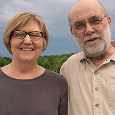 Vicki Lofquist '71 and Craig Thiesen