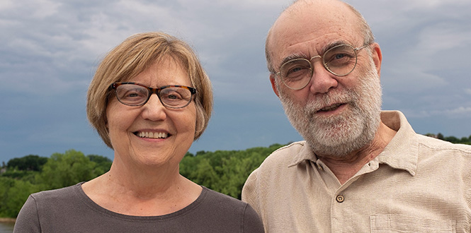 Vicki Lofquist '71 and Craig Thiesen