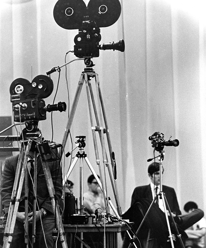 Press covering MLK's visit to Grinnell