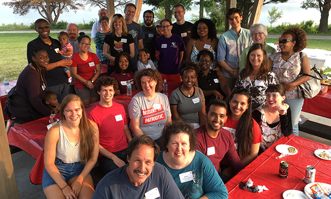 Grinnell College Summer Picnics: Omaha Group Photo