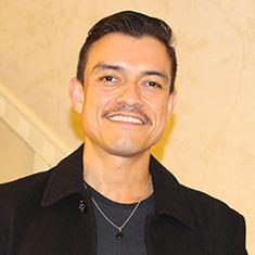 Juan Castaño '00