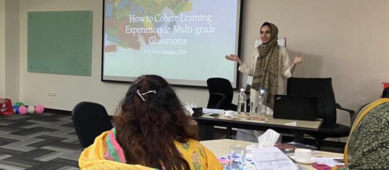 Mariam Asaad '14 leads a seminar.
