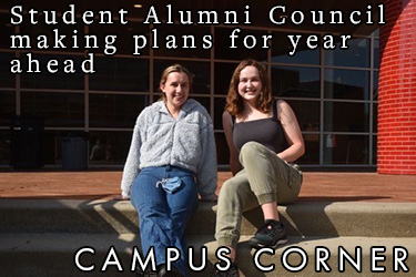 Text: Campus Corner - Student Alumni Council making plans for year ahead. Image: SAC Co-Presidents Stella Schaefer-Brown '22 and Maddie Sevier '23