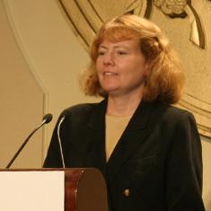 Mary Hartnett '80